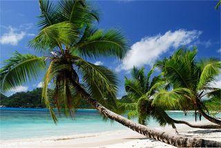 Seychelles_mahe_Baie_Lazare_89880b588c8a4d08bcf31c925e86c0ed